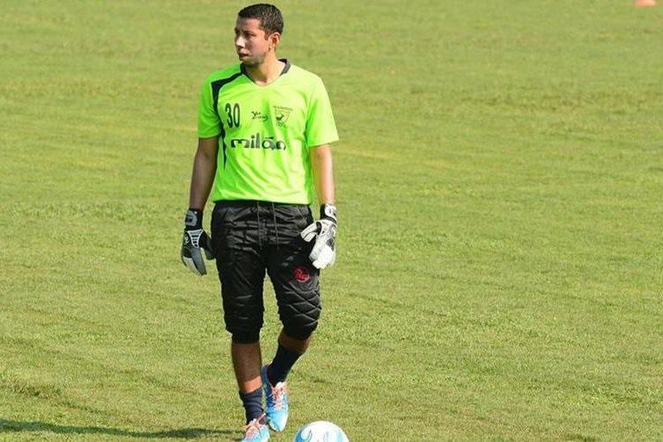 Juan José Paredes es uno de los porteros más rentables de los últimos años en el futbol guatemalteco. (Foto Prensa Libre: Hemeroteca PL)