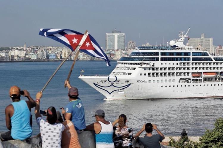 Las playas son el principal atractivo turístico de Cuba, que también cuenta con el malecón y la Habana Vieja.