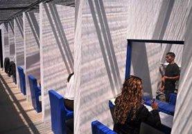 Las cabinas son para que los reos se puedan comunicar con sus abogados. (Foto Prensa Libre: Mingob)