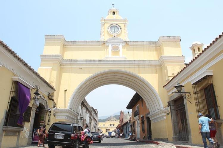 El Arco de Santa Catalina es uno de los lugares icono en La Antigua Guatemala. (Foto, Prensa Libre: Miguel López).