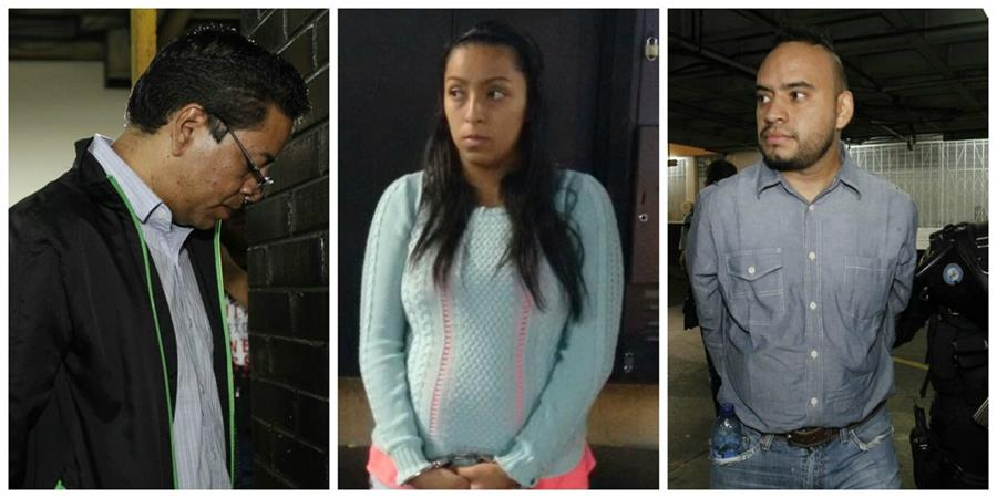 Tres trabajadores del Congreso fueron detenidos por supuestamente estar implicados en el caso de ventas fantasma. (Foto Prensa Libre: Paulo Raquec)
