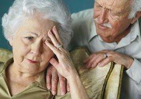 Expertos piden investigar si existen vías accidentales por las cuales el Alzheimer puede ser transmitida mediante actos médicos o quirúrgicos.
