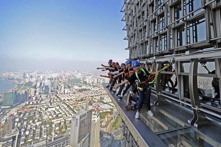 La Torre Jinmao de Shanghái, al este de China, es uno de los rascacielos más altos del mundo. (Foto Prensa Libre: EFE).