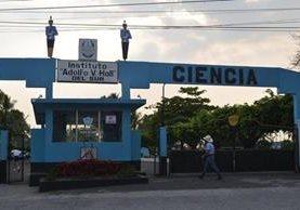 Instituto Adolfo V. Hall del Sur, de Retalhuleu, donde habría ocurrido el abuso. (Foto Prensa Libre: Hemeroteca PL).