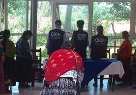 Comisionados de la CIDH conocieron las demandas sociales en varios departamentos. (Foto Prensa Libre: CIDH)
