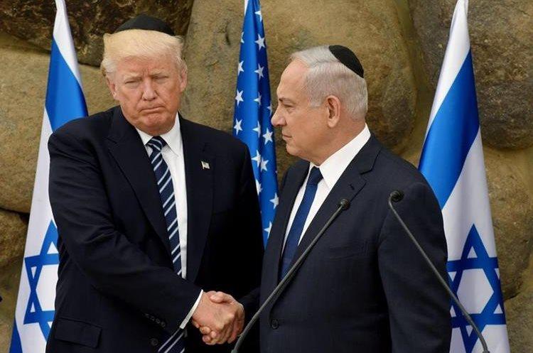 El presidente estadounidense, Donald Trump (i), y su homólogo israelí, Benjamin Netanyahu.
