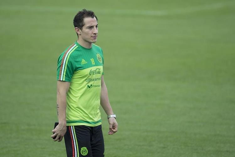 Andrés Guardado es baja para México por una lesión en la pierna derecha. (Foto Prensa Libre: Redes).