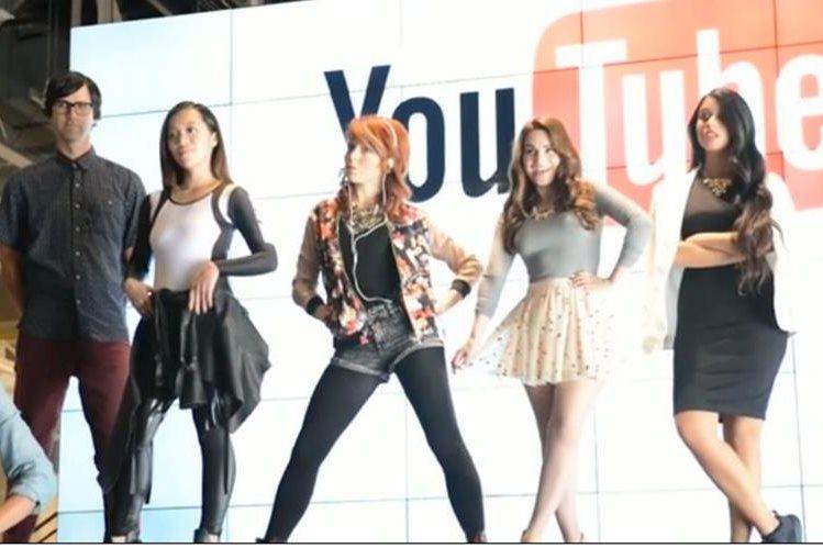 La mayoría de youtubers son jóvenes que obtienen millonarios ingresos. (Foto Prensa Libre: Forbes.com)