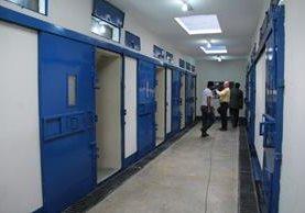 La primera sección de la cárcel tiene 16 celdas. (Foto Prensa Libre: Mingob)