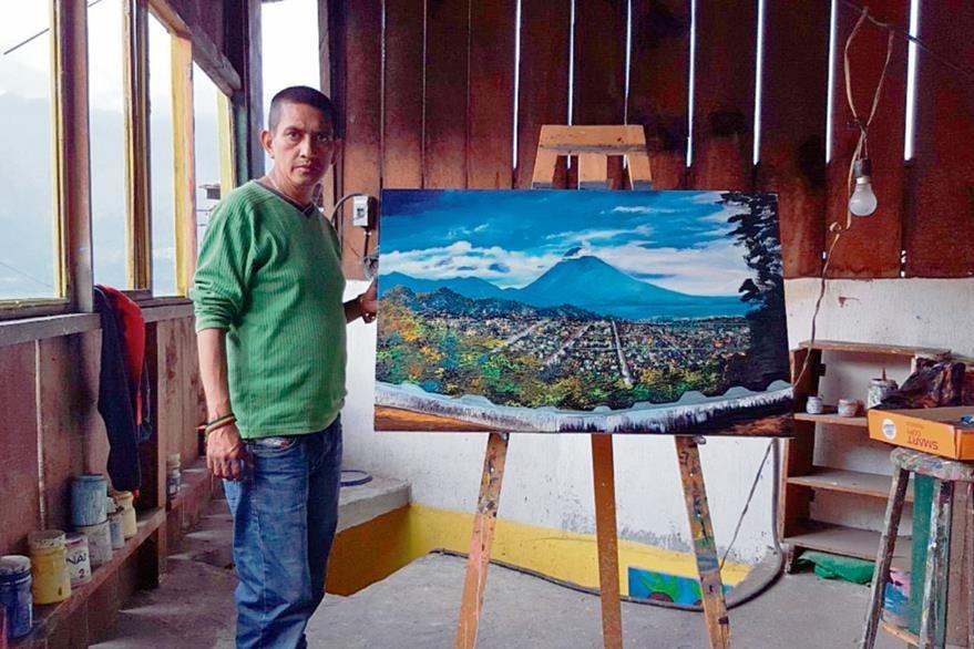 El artista  sanpedrano Manuel Hi  González  tiene un taller y estudio en el que crea su arte. Este es visitado por turistas nacionales y extranjeros.
