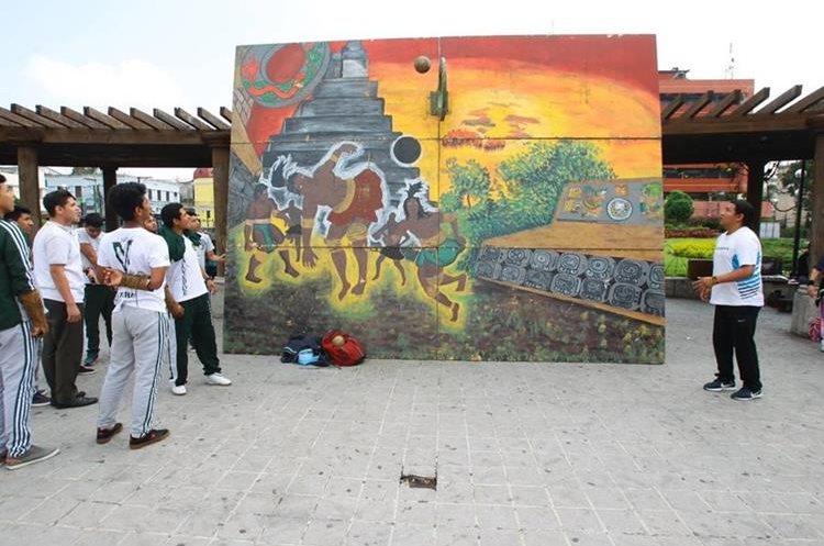 El juego de pelota maya fue otra de las actividades que se realizaron. (Foto Prensa Libre: Álvaro Interiano)