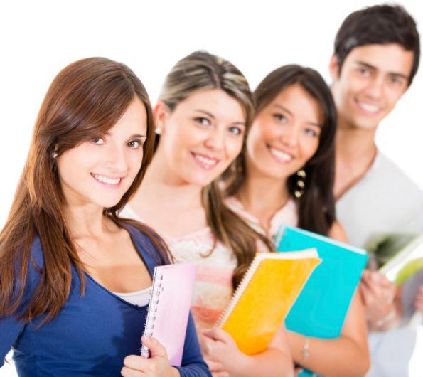 Las becas disponibles son en niveles académicos de licenciatura, maestría, doctorado y cursos cortos. (Foto, Prensa Libre: Hemeroteca PL).