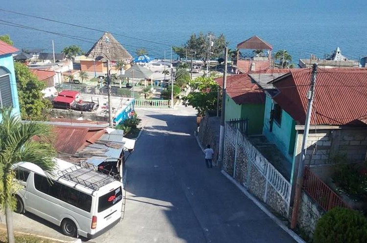San José Petén, municipio de Petén, es en el que más alto cobro fijo por alumbrado público se cobra al usuario. (Foto, Prensa Libre: Rigoberto Escobar)
