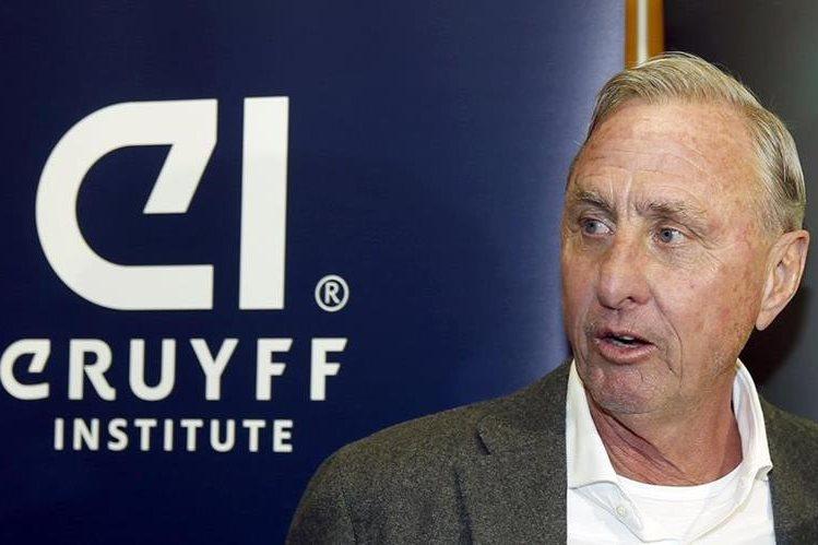 Johan Cruyff, durante la presentación esta tarde del acuerdo con la Universidad Autónoma de Barceloa (UAB). (Foto Prensa Libre: EFE)