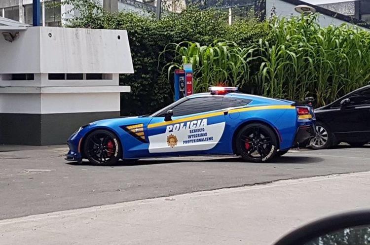 El Chevrolet Corvette Stingray 2016 visto en la ciudad capital este viernes. (Foto Prensa Libre: Tomada de Internet).