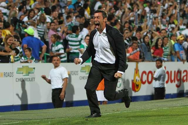 El técnico brasileño logro el campeonato con Santos en el torneo pasado (Foto Prensa Libre: Hemeroteca PL)
