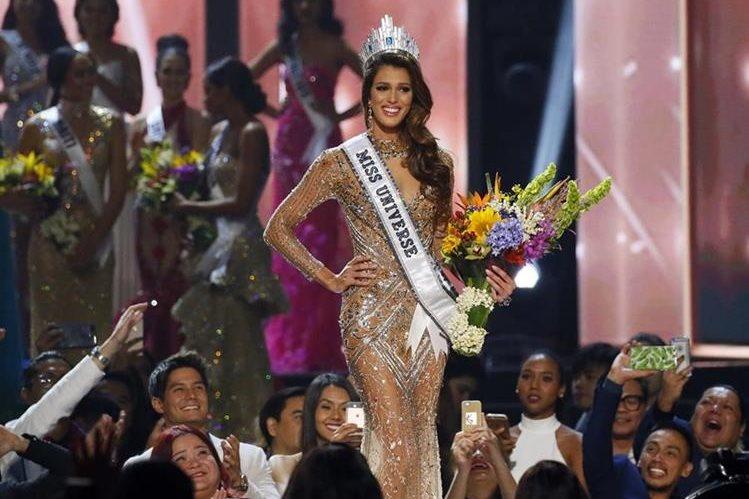 Iris Mittenaere fue elegida como la más bella del mundo en el certamen de Miss Universo, celebrado en Manila, Filipinas.