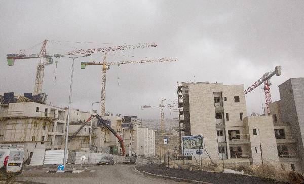 Varias construcciones se encuentran en marcha en Har Homa, en Jerusalén Este. (EFE).