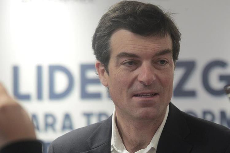 Nicolás Shea, pre candidato presidencial de Chile participó en el X Foro Nacional de Responsabilidad Social Empresarial. (Foto Prensa Libre: Carlos Hernández)