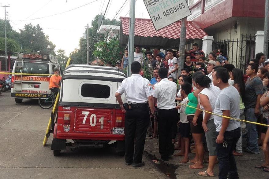 Isaías Gramajo Vicente, de 16 años, murió baleado cuando viajaba en un mototaxi, minutos después de haber salido de su trabajo. (Foto Prensa Libre: Jorge Tizol)