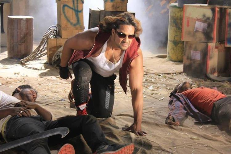 La película Enredados la confusión combina el talento del cine de Bollywood con el costarricense. (Foto Prensa Libre: Pacific Investment Corp.)