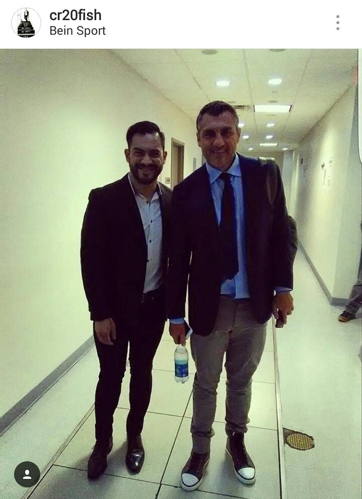 Carlos Ruiz junto al goleador italiano Christian Vieri en los estudios en Miami. (Foto Prensa Libre: Instagram de Carlos Ruiz)
