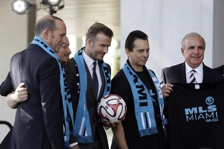 El proyecto de David Beckham de construir un estadio para la MLS en Miami dio un paso adelante cuando los comisionados de la ciudad votaron a favor de la venta de un terreno por 9 millones de dólares. (Foto Prensa Libre: AFP)