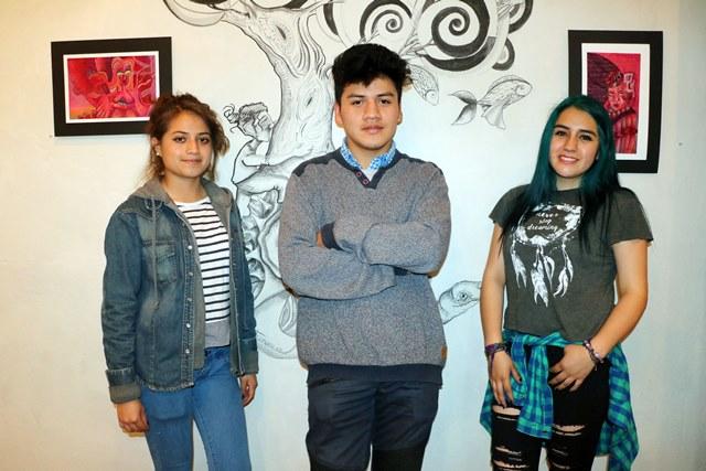 En Vessica Galería se exponen las obras de los artistas Daniela Ochoa, Wilhelm Tzoc y Anyjka Ochoa (Foto Prensa Libre: Carlos Ventura)