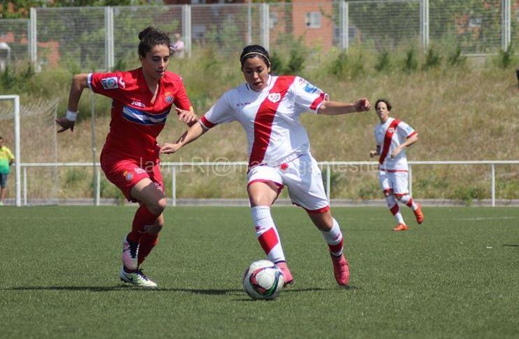 La guatemalteca jugó una temporada con el Rayo Vallecano después de jugar un año en la liga de ascenso con el Dinamo de Guadalajara. (Foto Prensa Libre: Twitter)
