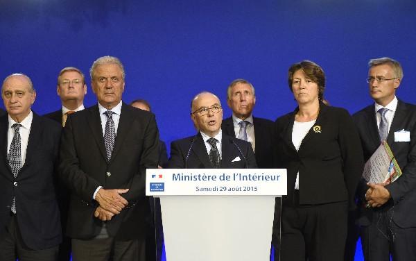 Los ministros piden la identidad de pasajeros en los principales trenes.