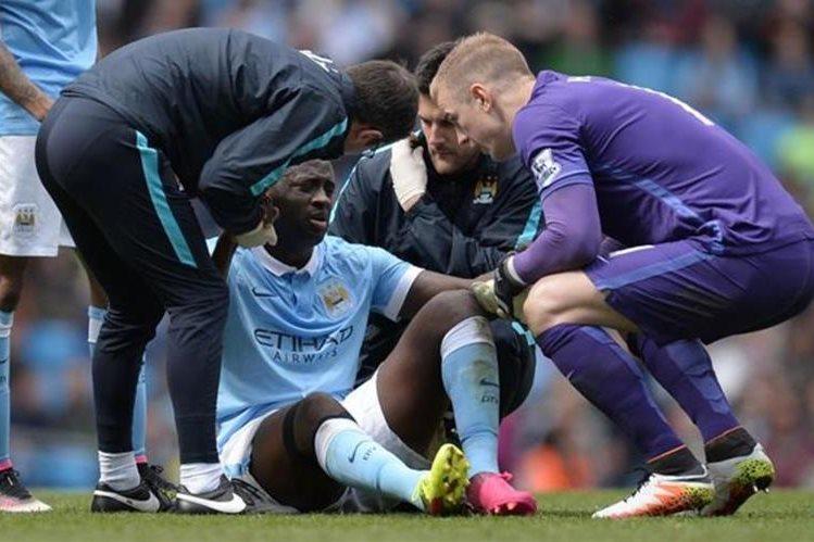 Yayá Touré se lesionó en la goleada del Manchester City 4-0 sobre el Stoke City en la Liga Premier Inglesa. (Foto Prensa Libre: Hemeroteca)