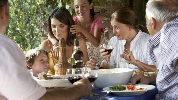 Para los niños el placer no sólo está en el sabor, sino también en las interacciones sociales que se dan mientras la consumen. (Foto: Soul)