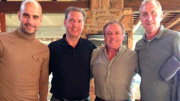 El cariño y admiración de Pep Guardiola por Johan Cruyff se hizo palpable en su visita. (Foto Prensa Libre: Sport.com)