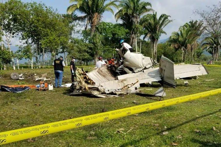 La víctima de un accidente de avioneta en Morales, Izabal, habría sido el piloto de la aeronave. (Foto Prensa Libre: Dony Stewart)
