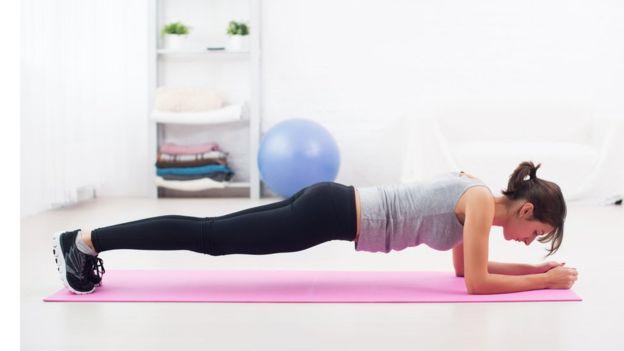 Los ejercicios hipopresivos son más efectivos que los abdominales tradicionales. (Foto, Thinkstock)