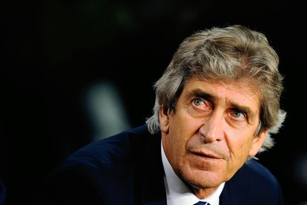 """El técnico del Manchester City Manuel Pellegrini quedó decepcionado por que otra vez """"Los Citizens"""" quedaron eliminados. (Foro Prensa Libre: AP)"""