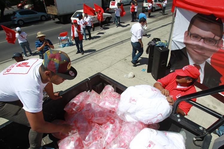 El partido Líder tiene prohibido por el TSE cualquier acto de proselitismo y apoyo público a candidatos. (foto Prensa Libre: Hemeroteca PL)
