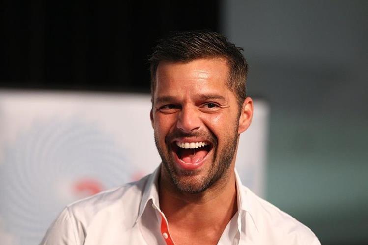 Ricky Martin aparece en el programa Lip Sync Battle en camisa, calcetines y calzoncillo para realizar una sensual imitación. (Foto Prensa Libre: Hemeroteca PL)