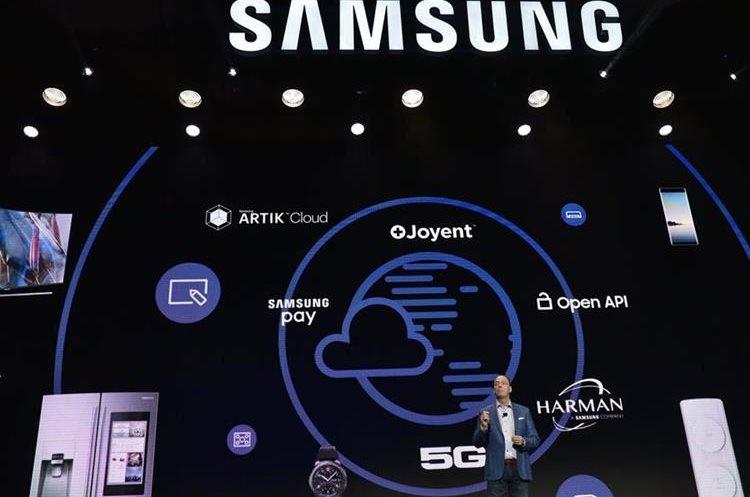 Tim Baxter, CEO y presidente de la división norteamericana de Samsung Electronics, durante la presentación de la compañía (Foto Prensa Libre: AFP).