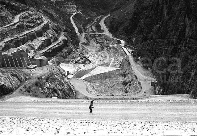 Vista de la construcción del embalse de la hidroeléctrica Chixoy. (Foto: Hemeroteca PL)
