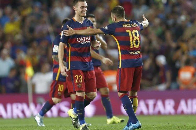 El Barcelona sigue con buen paso en la Liga española. (Foto Prensa Libre: EFE)