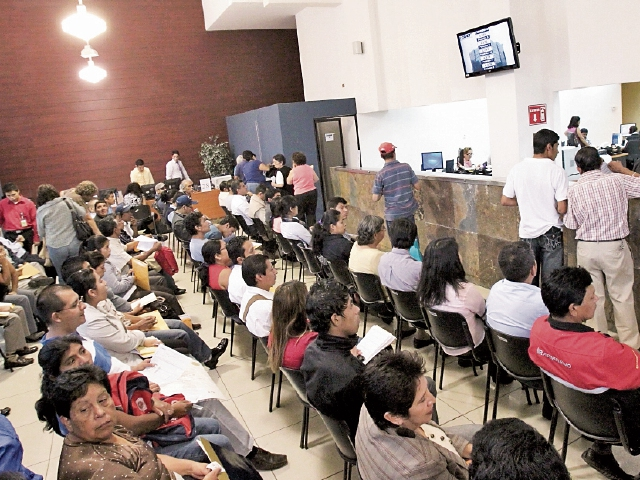 Los contribuyentes pueden optar a la exoneración de multas si pagan el 100 por ciento de impuestos pendientes. (Foto Prensa Libre: Hemetoreca PL)