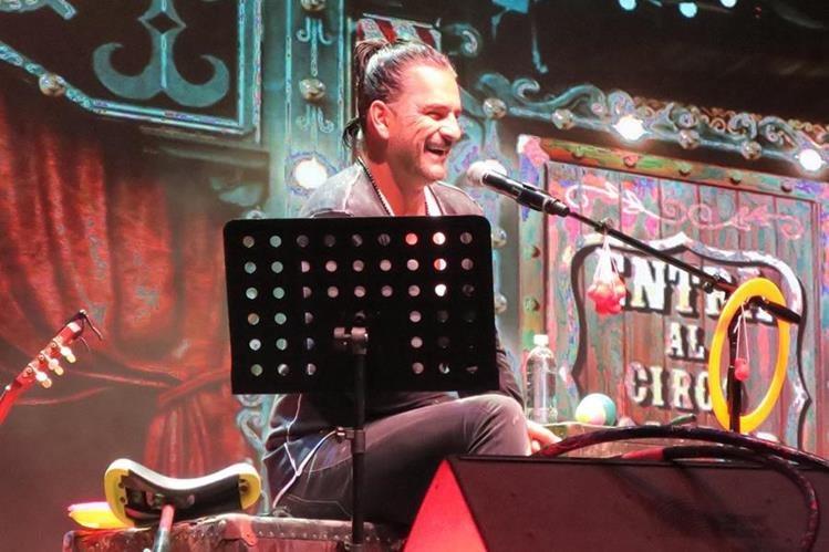 Ricardo Arjona se presentará en Guatemala el próximo 9 y 10 de diciembre, con temas del disco Circo Soledad (Foto Prensa Libre: EFE).
