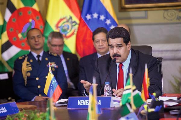 El mandatario venezolano, Nicolás Maduro, preside la reunión del ALBA. Foto Prensa Libre:EFE)