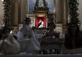 Imagen del Niño Dios de Amatitlán que este miércoles saldrá en procesión. (Foto Prensa Libre: Paulo Raquec).
