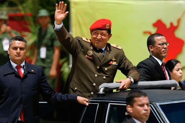 Hugo Chávez fue electo presidente en tres procesos consecutivos. (Foto Prensa Libre: Hemeroteca PL).