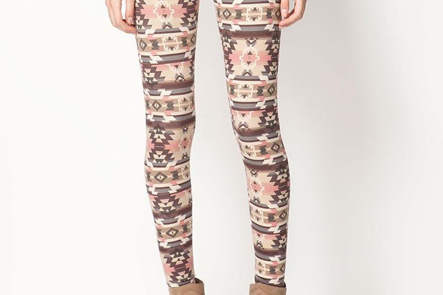Los botines  lucen bien con leggins que tengan similar color.