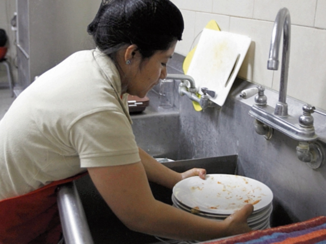 EMPLEADAS domésticas piden aprobar Convenio 189 de la OIT.