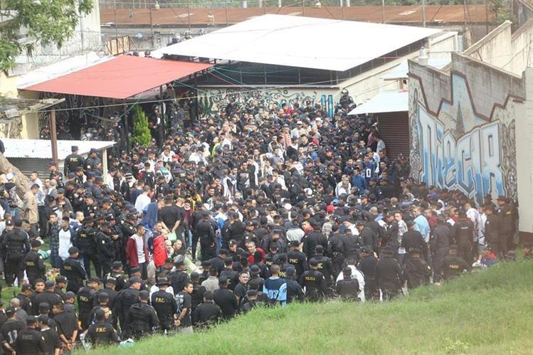 Mafias tienen el control de las cárceles y de los cobros a la población reclusa. (Foto Prensa Libre: Hemeroteca PL)