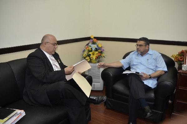 el ministro Villavicencio se reúne con el diputado Barquín.
